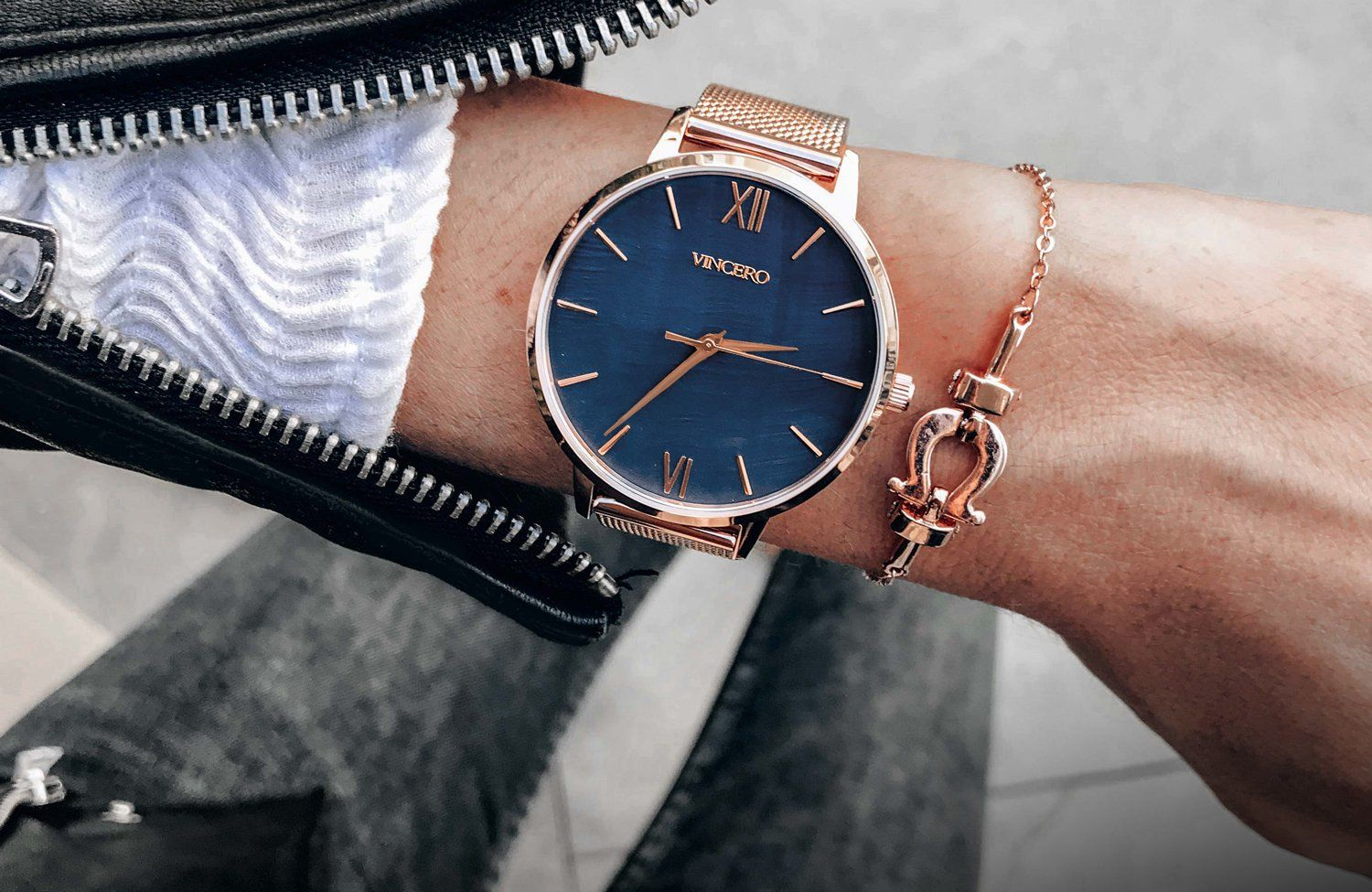 Purchasing a watch for a gift is a fantastic idea